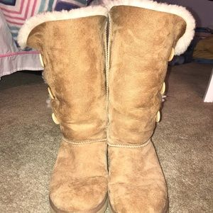 Ugg Bailey 3 Button Boots